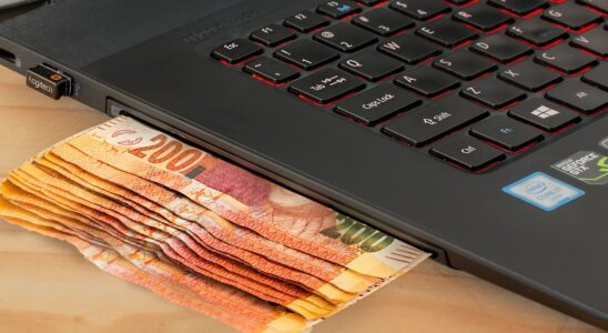 online poker payments